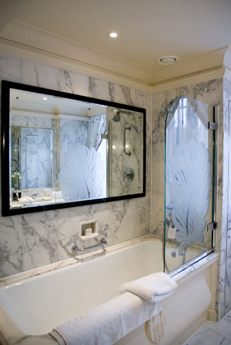Superbe Bathroom Mirror Tv